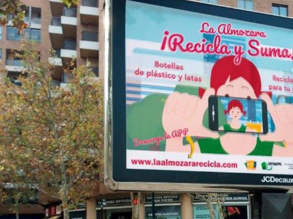 Reciclar en La Almozara tiene premio para el bolsillo