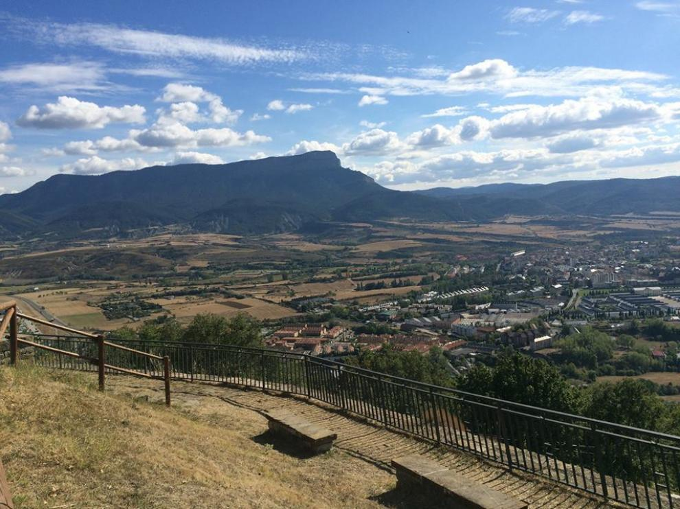 Subir a la Peña Oroel es una de las excursiones preferidas desde Jaca.