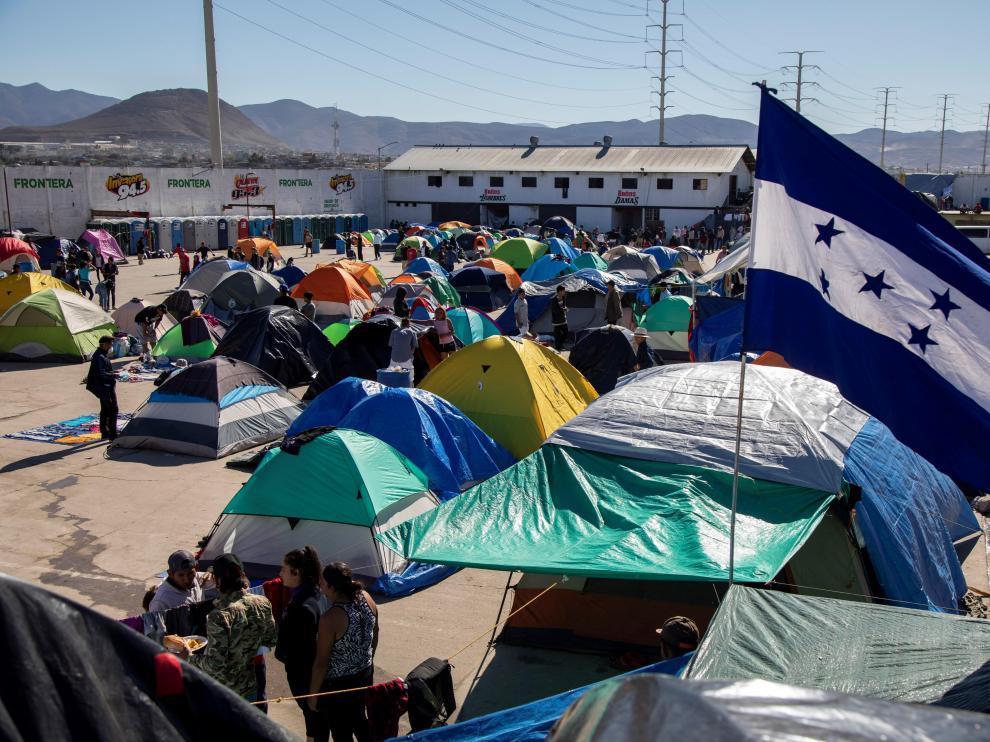 Albergue donde se ubican un dos mil ciudadanos centroamericanos de la caravana migrante.
