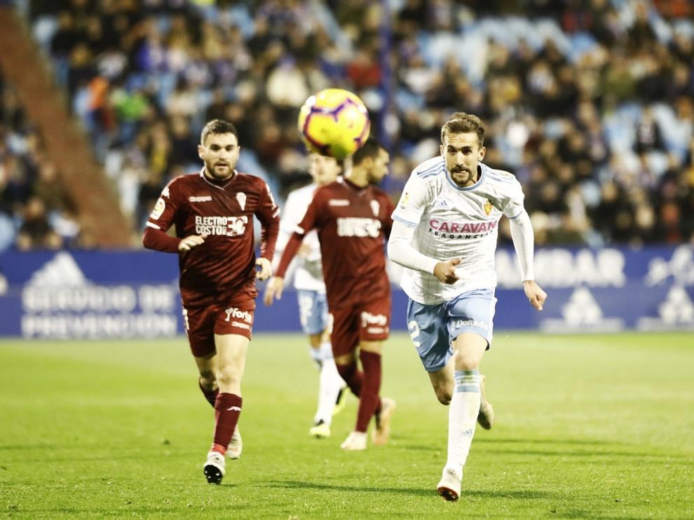 Un momento del partido entre el Real Zaragoza y el Córdoba