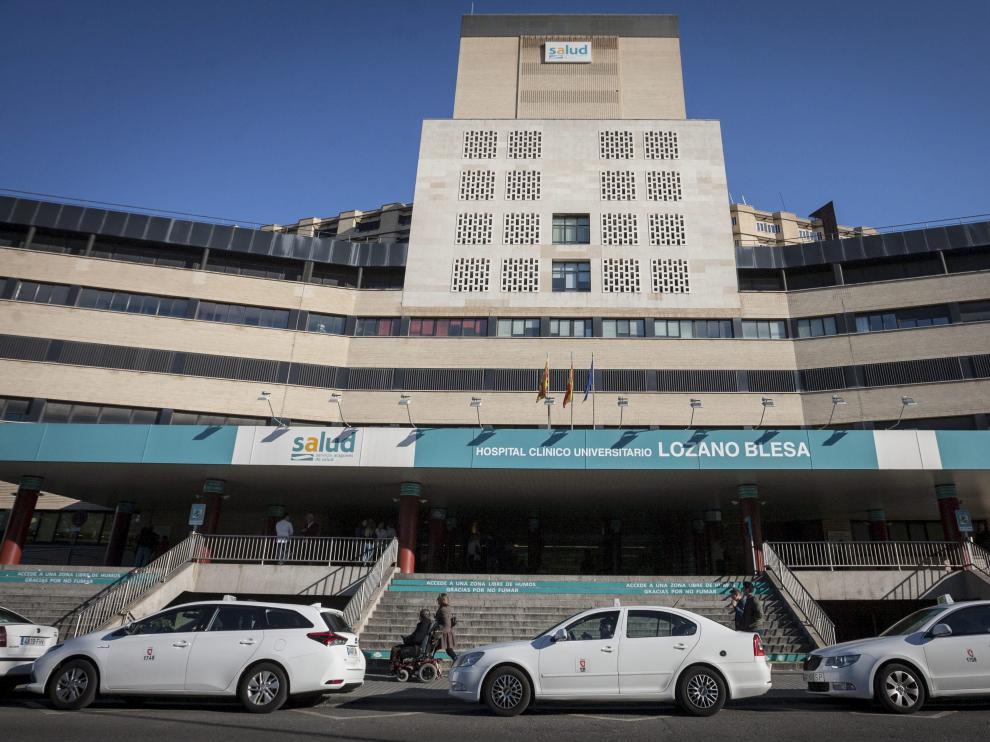 Fachada del Hospital Clínico Universitario Lozano Blesa.