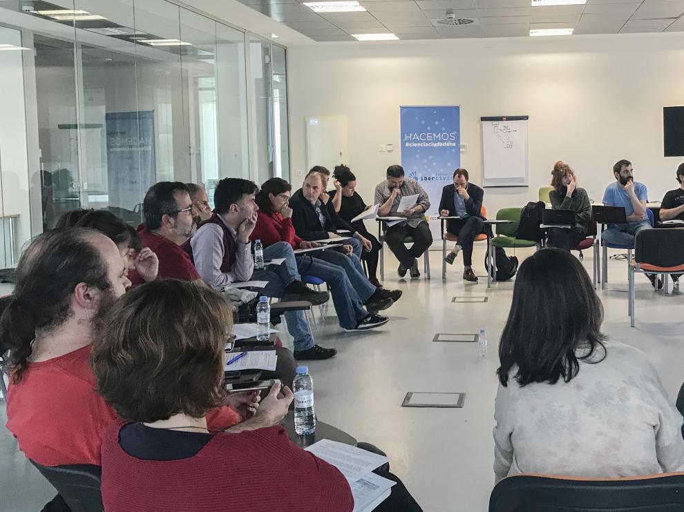 Un momento de la reunión celebrada el 10 de diciembre en Etopia