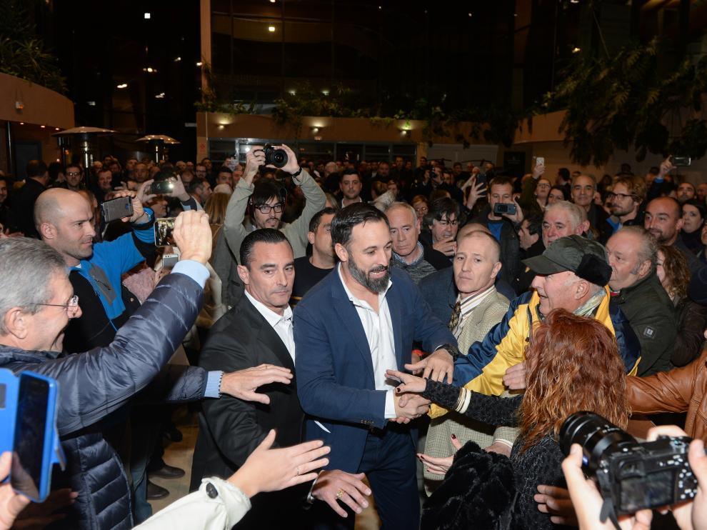 Santiago Abascal, a su llegada al mitin de Teruel.