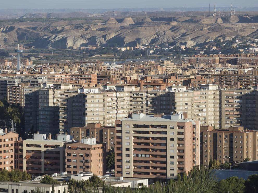 La mayoría de viviendas vacías de los bancos se concentran en la capital aragonesa.