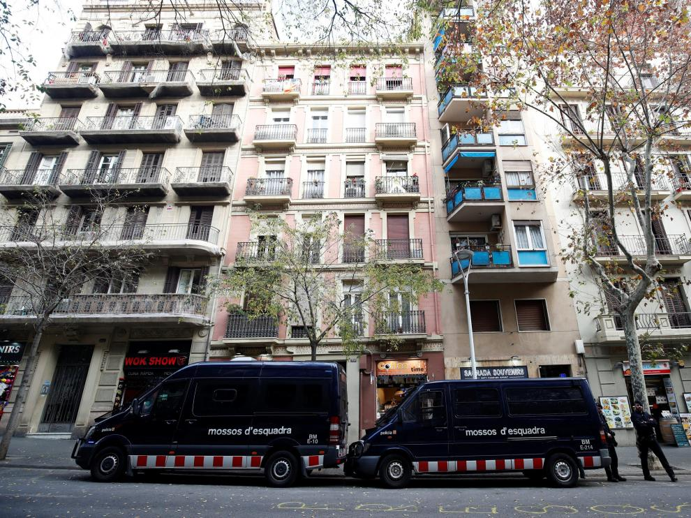 Patrullas de los Mossos d'Esquadra en Barcelona.