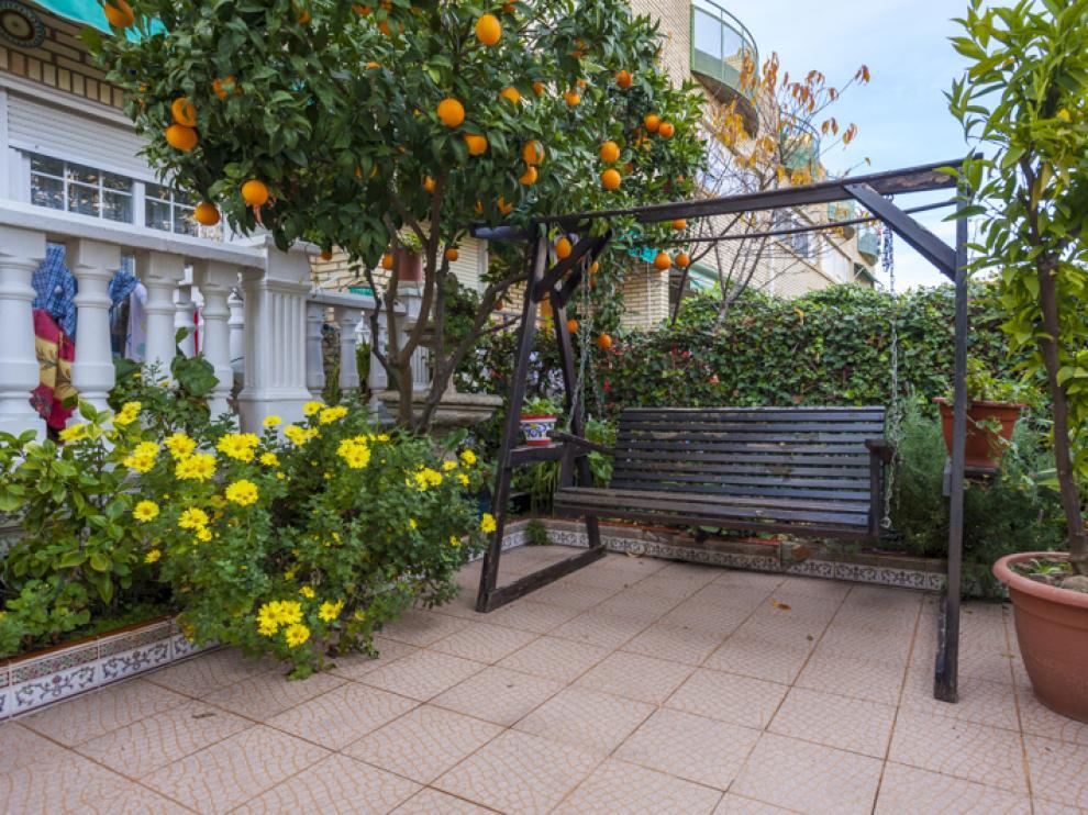 La vivienda cuenta con diversas zonas comunes en las que disfrutar del tiempo libre.