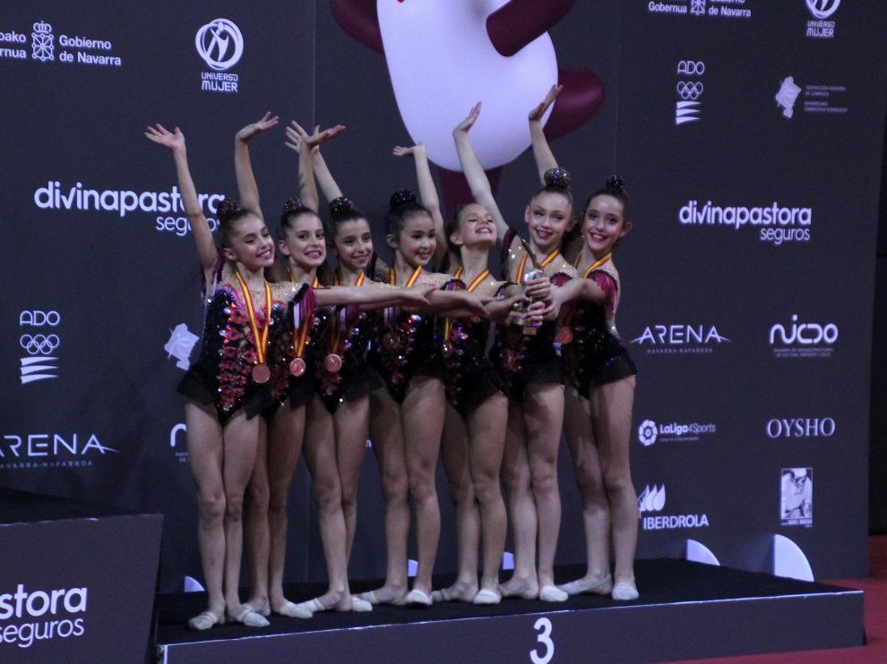 l conjunto alevín M del Club Escuela Gimnasia Rítmica Zaragoza,
