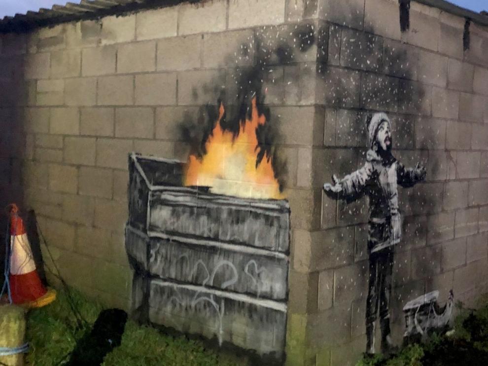 Un posible Banksy aparece en las paredes de la ciudad de Port Talbot, en Gales