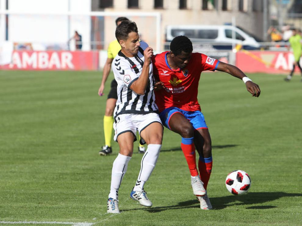 Imagen del encuentro entre el CD Teruel y el Castellón esta temporada en Pinilla.