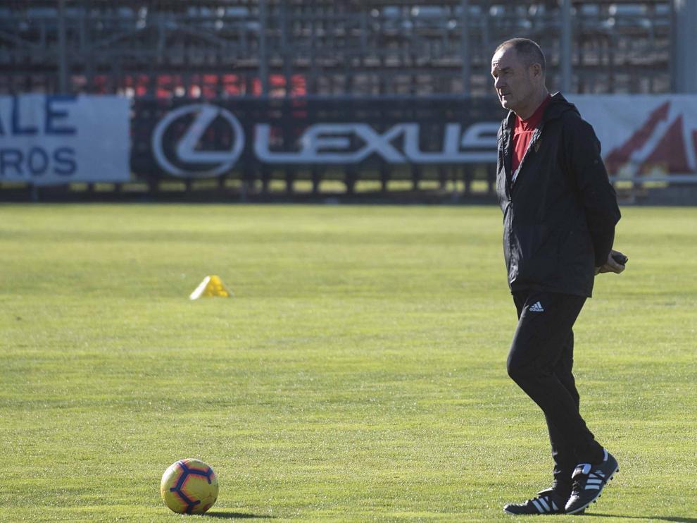Víctor Fernández en la Ciudad Deportiva.