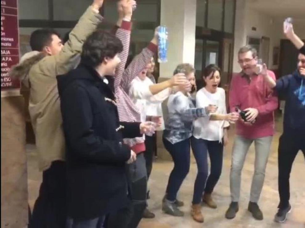 Celebración del Gordo de Navidad en el colegio San Viator de Huesca