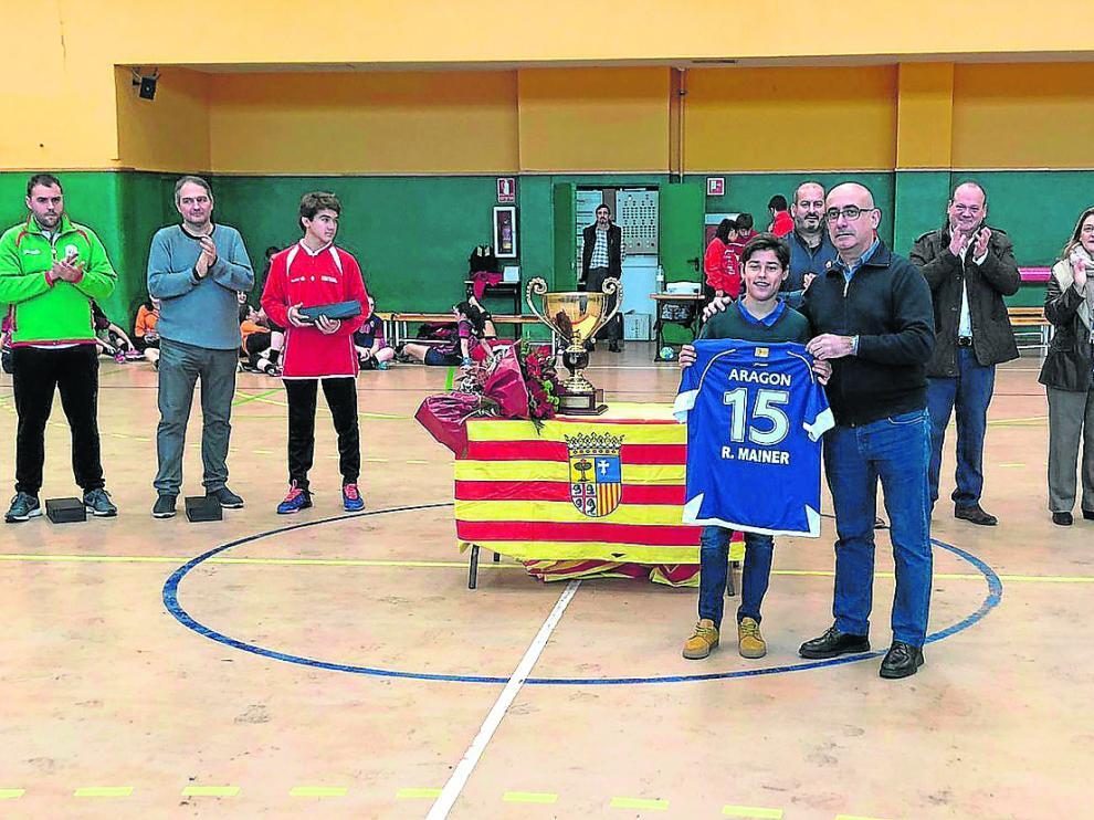 El seleccionador Jordi Ribera, ayer en el homenaje a Óscar Mainer, celebrado en Maristas.