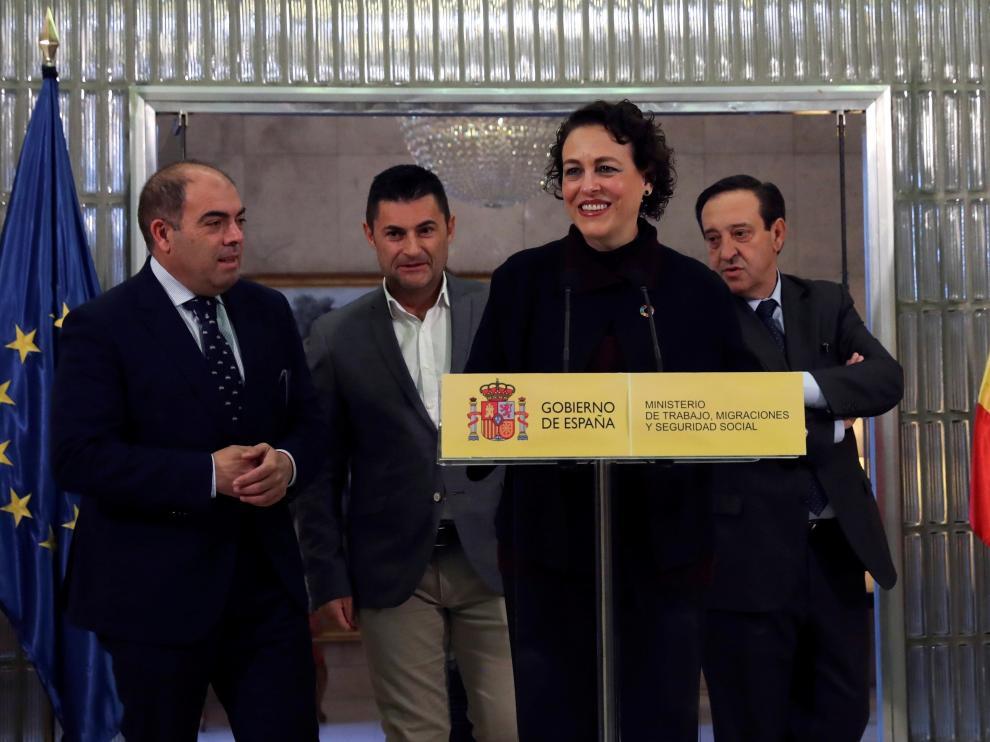 La ministra de Trabajo, Magdalena Valerio, en rueda de prensa.