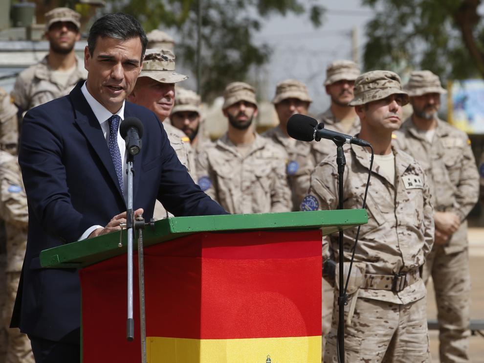 El presidente español, Pedro Sánchez, en Mali.