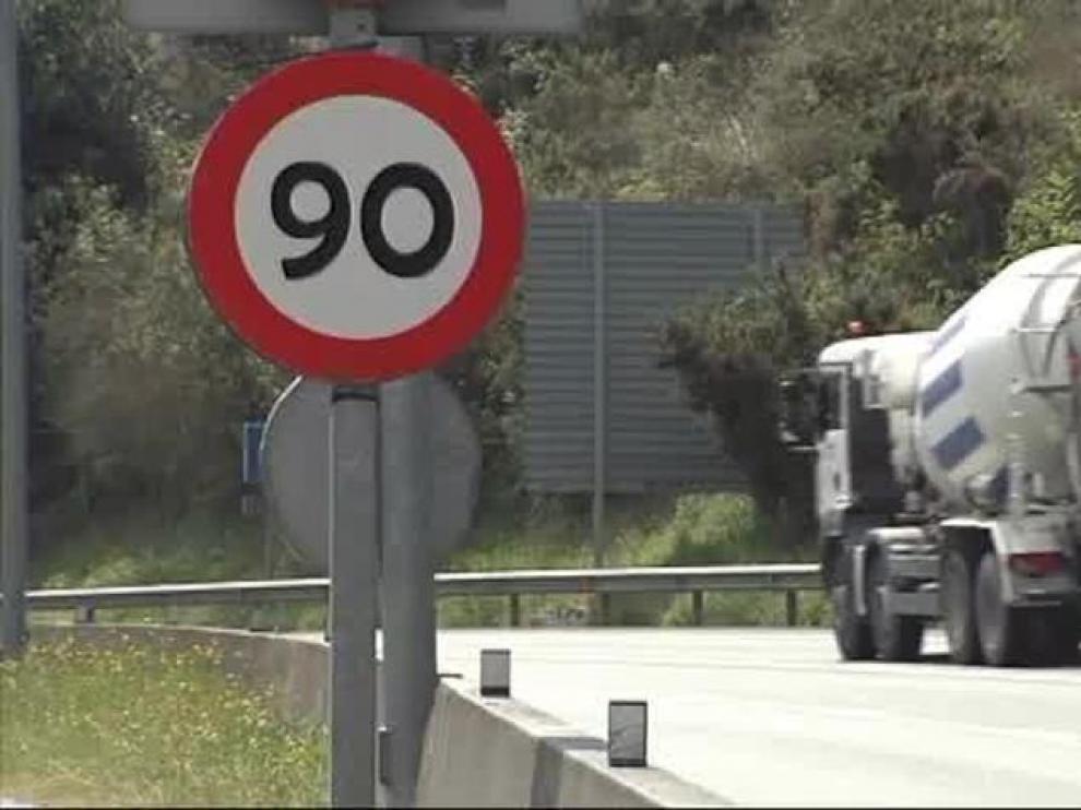 La DGT reduce la velocidad a 90 km/h en las carreteras convencionales
