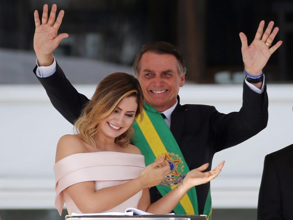 Michelle Bolsonaro junto a su marido