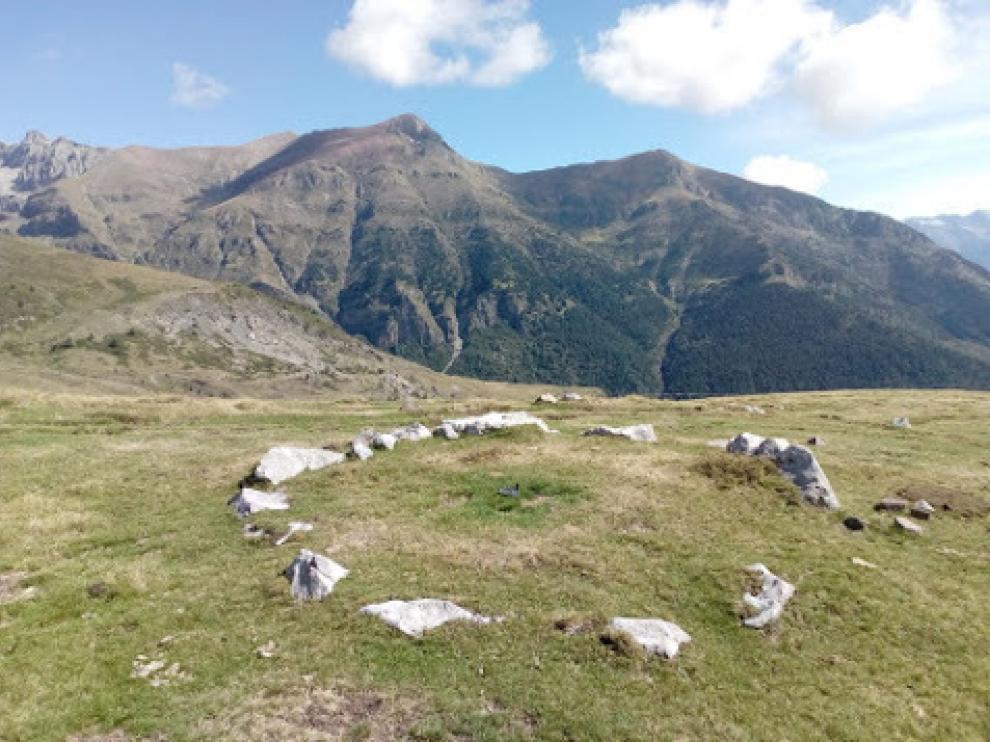 Un crómlech o círculo megalítico encontrado por los arqueólogos en La Poma, en el valle de Gistaín.