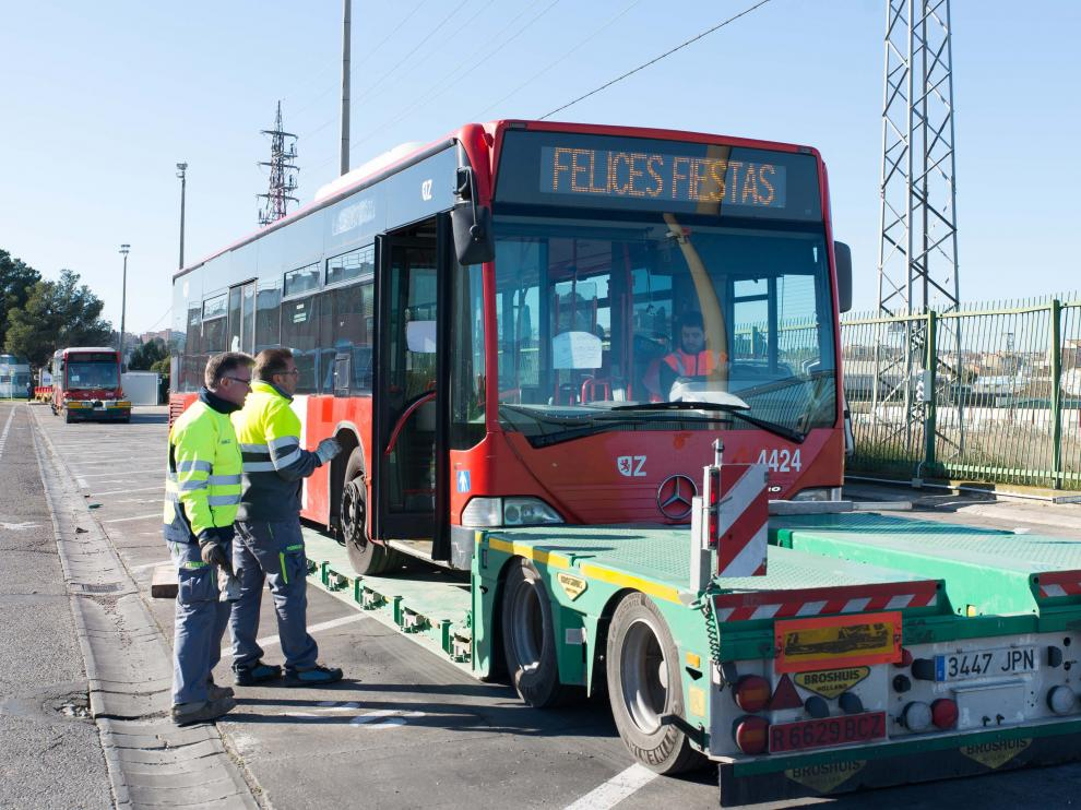 Autobuses donados a Senegal