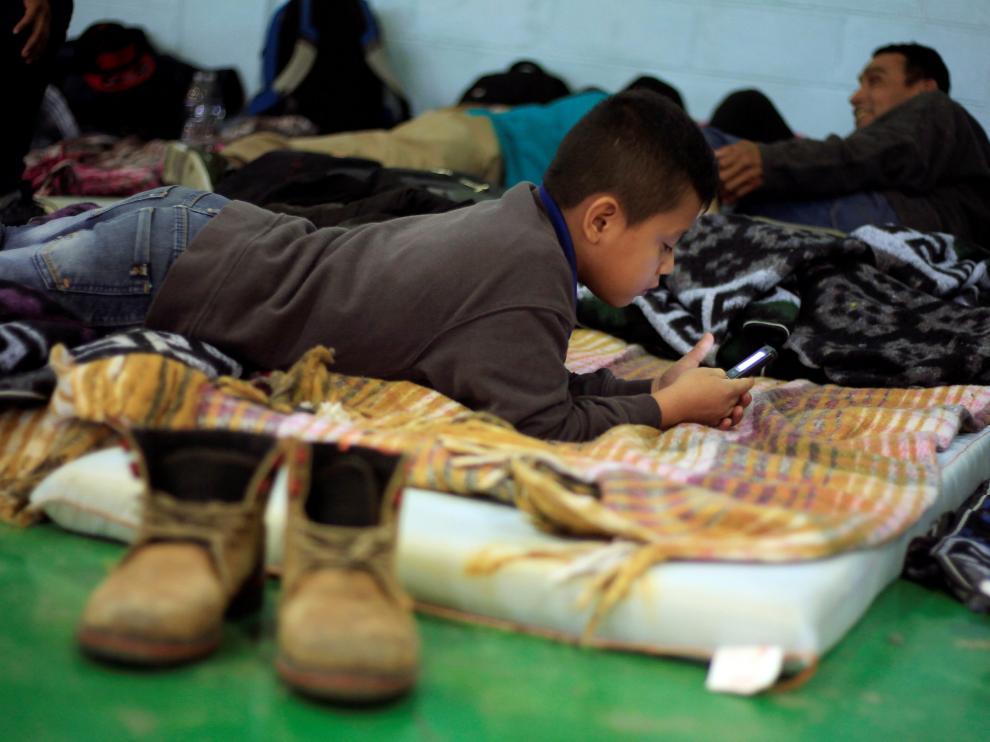 Un niño migrante de Guatemala en su viaje a Estados Unidos