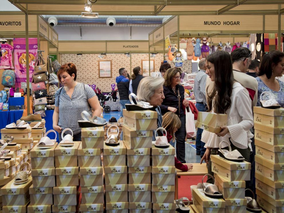 Feria del calzado en Brea de Aragón, en mayo de 2017