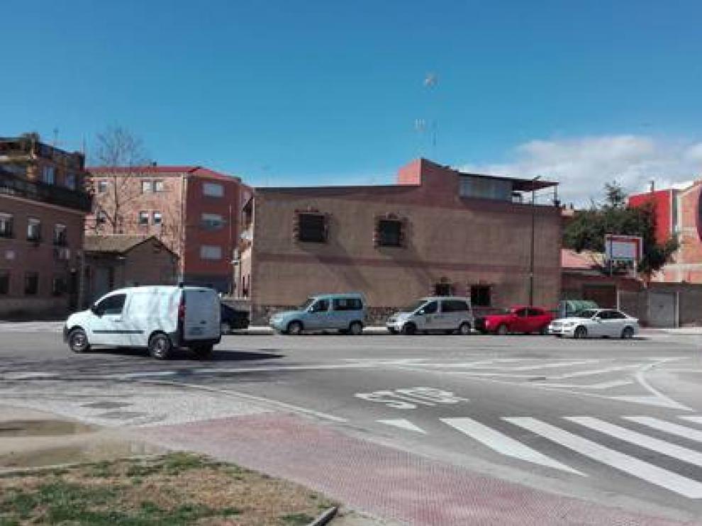 Entorno donde confluyen las calles Zafiro y Alhama de Aragón, en el barrio zaragozano de La Paz.
