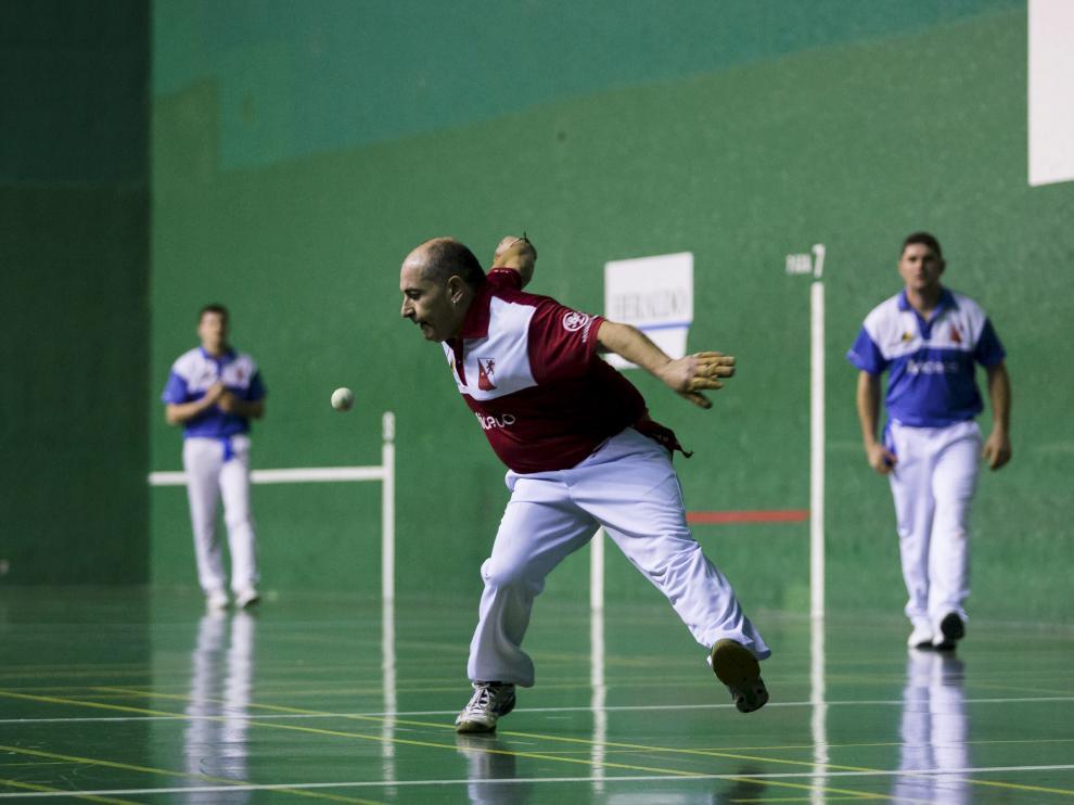 Entrenamiento del equipo de pelota mano del Stadium Venecia