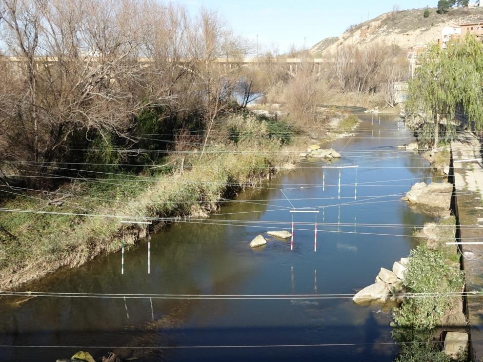 Estado actual que presenta el tramo urbano del canal de aguas bravas de Fraga
