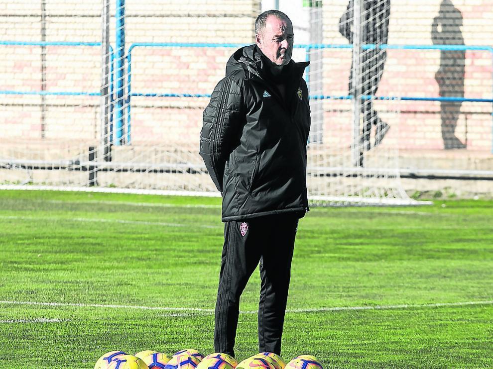 Víctor Fernández, en un entrenamiento en la Ciudad Deportiva.