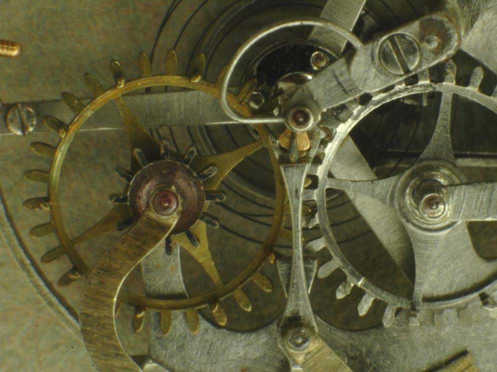Mecanismo de escape en un reloj Breguet