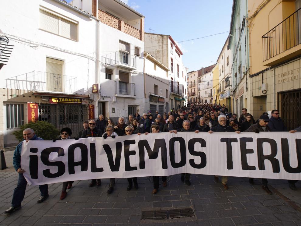 Manifestación en Andorra contra el cierre de la térmica.