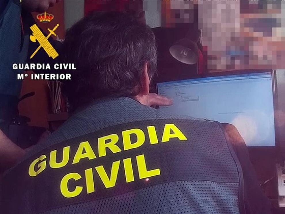 """Detenido un hombre de 62 años en Palencia con material pedófilo """"extremadamente duro""""."""