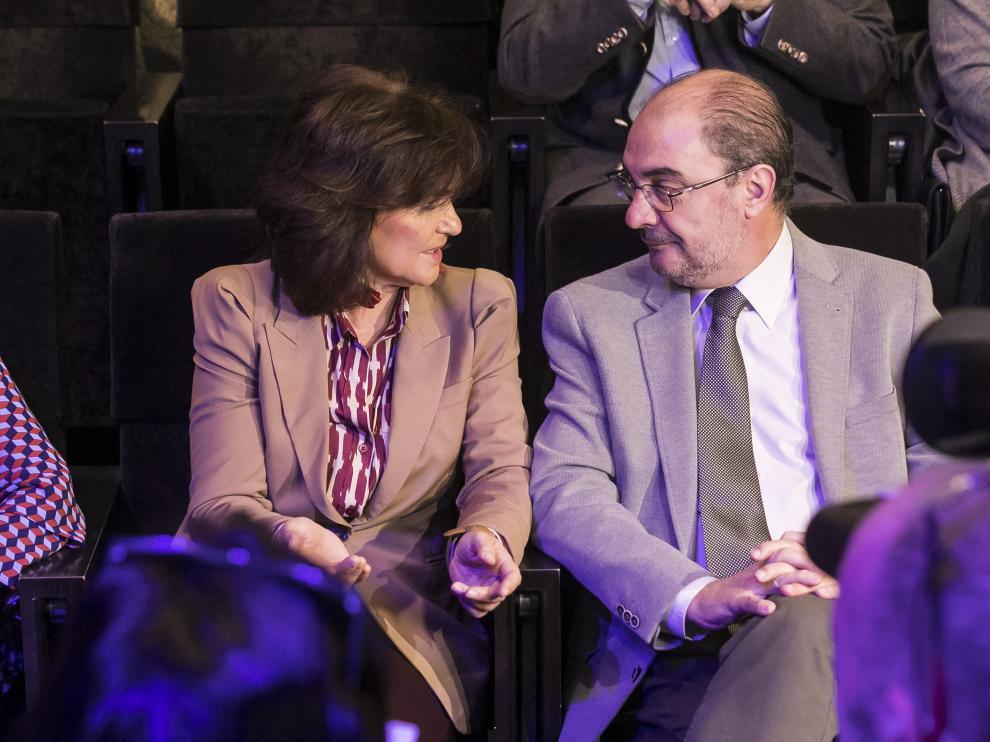 Carmen Calvo y Javier Lambán en la gala de los Premios por la Igualdad en Aragón.