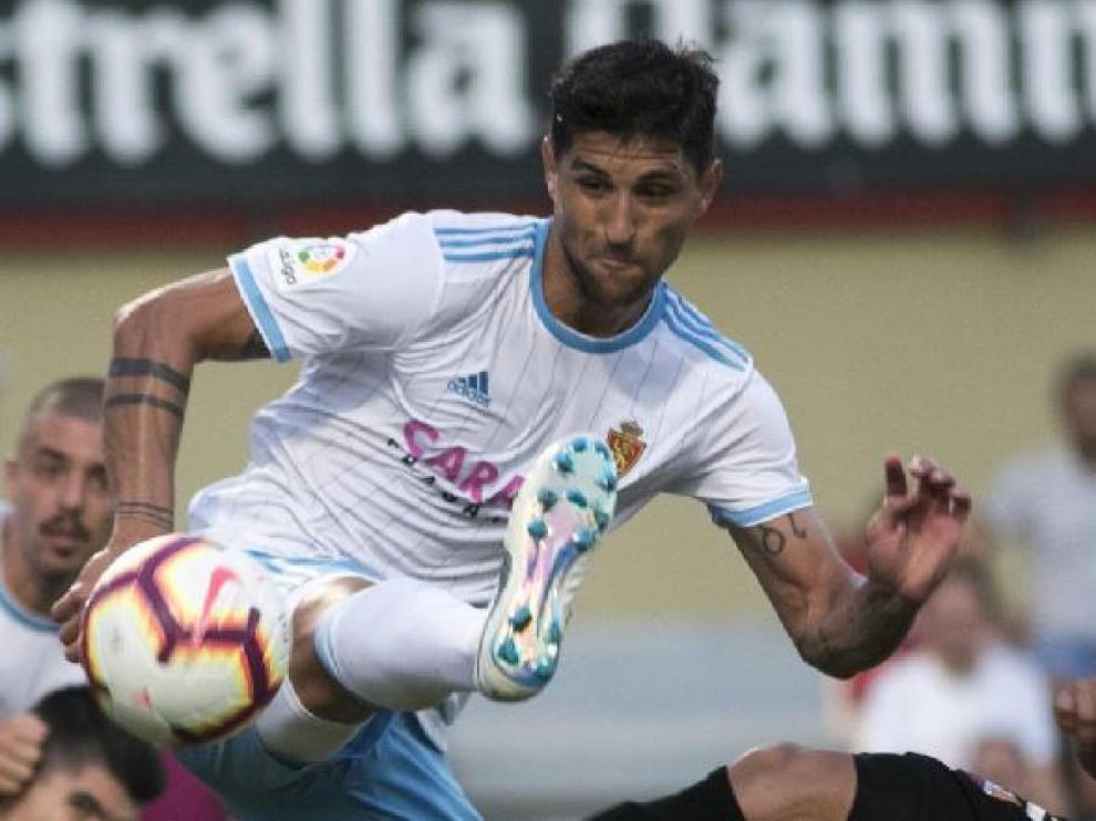 Grippo, en un lance del partido del Real Zaragoza en Reus esta temporada, en la 2ª jornada de liga.