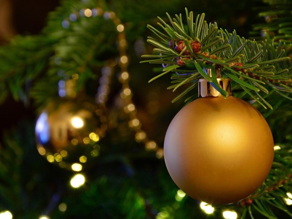 El fuego se produjo por un cortocircuito provocado por las luces del árbol de Navidad