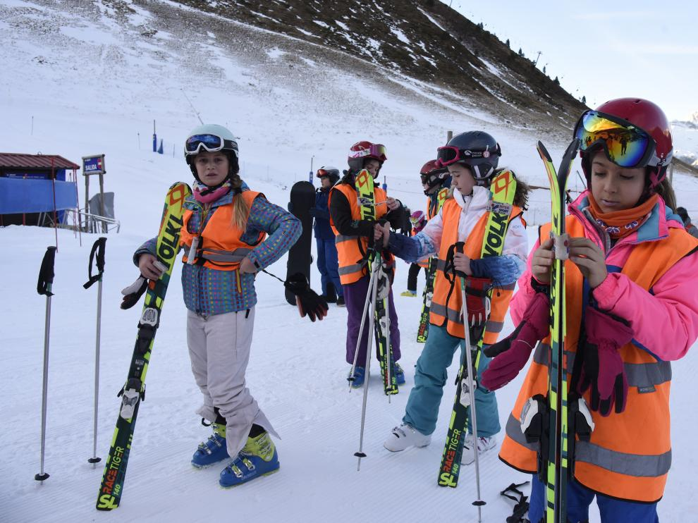 Campaña escolar de esquí de la DPH.