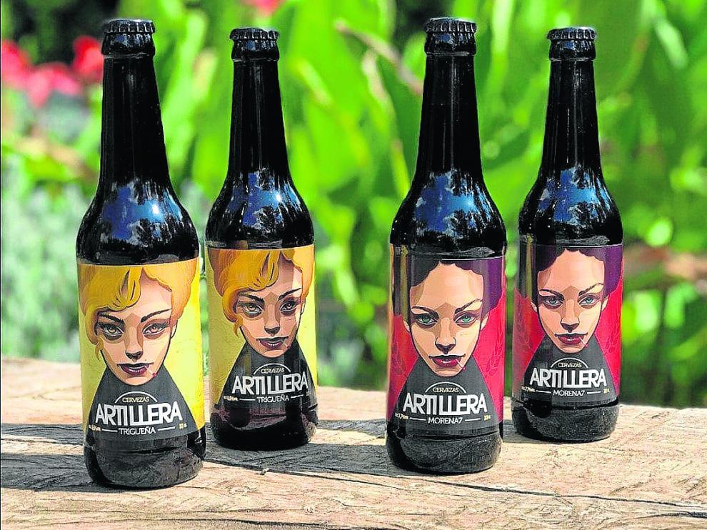 Artillera Trigueña y Artillera Morena 7, las dos variedades de cerveza de esta marca artesana.
