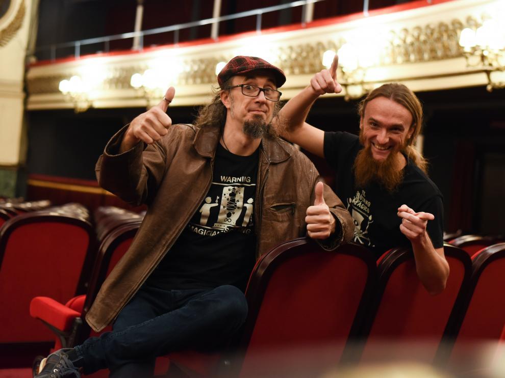 Pepín Banzo (izda.) y Pepín Lirrojo, en la presentación de la gala, en el Teatro Principal