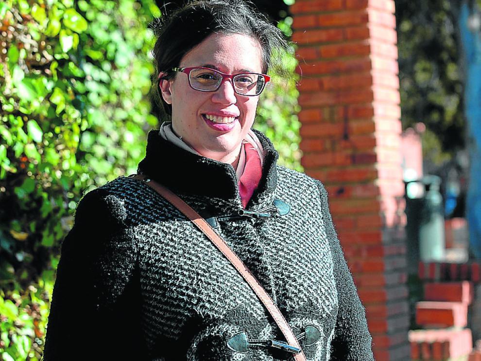 Pilar Burillo, en el parque de Fernando Hué de Teruel.