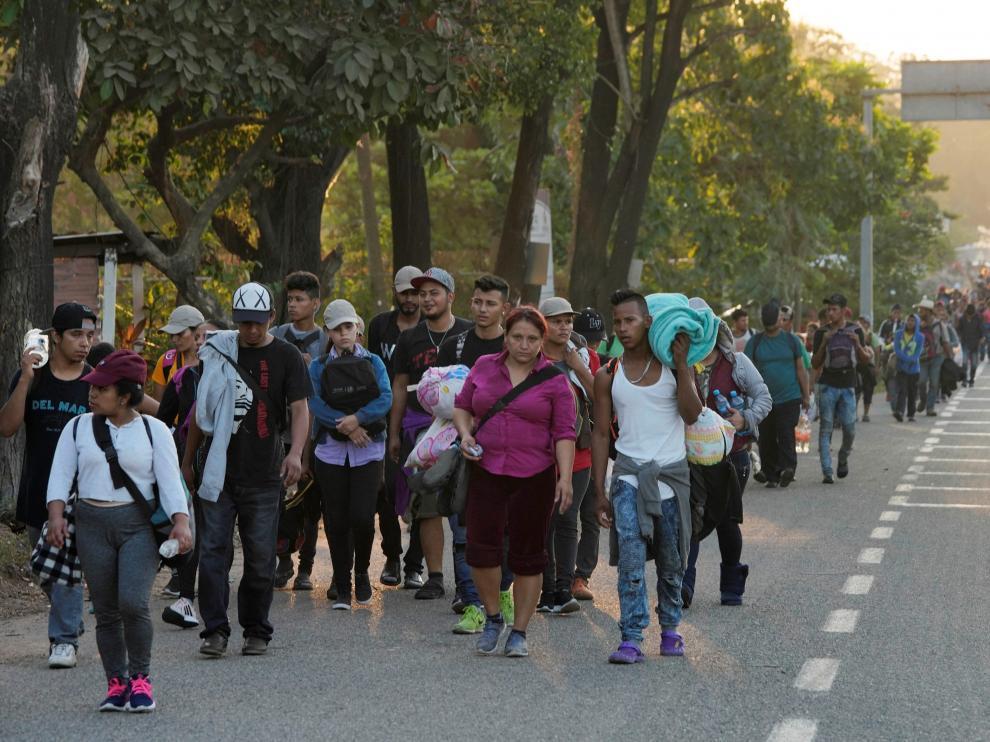 La caravana migrante comienza su ruta por el sureste de México.