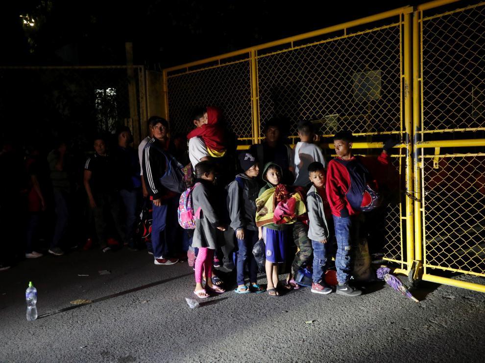 La caravana migrante transcurre por México.