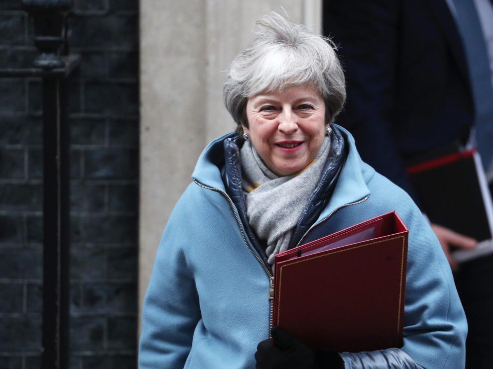 May, este lunes en la puerta de Downing Street.