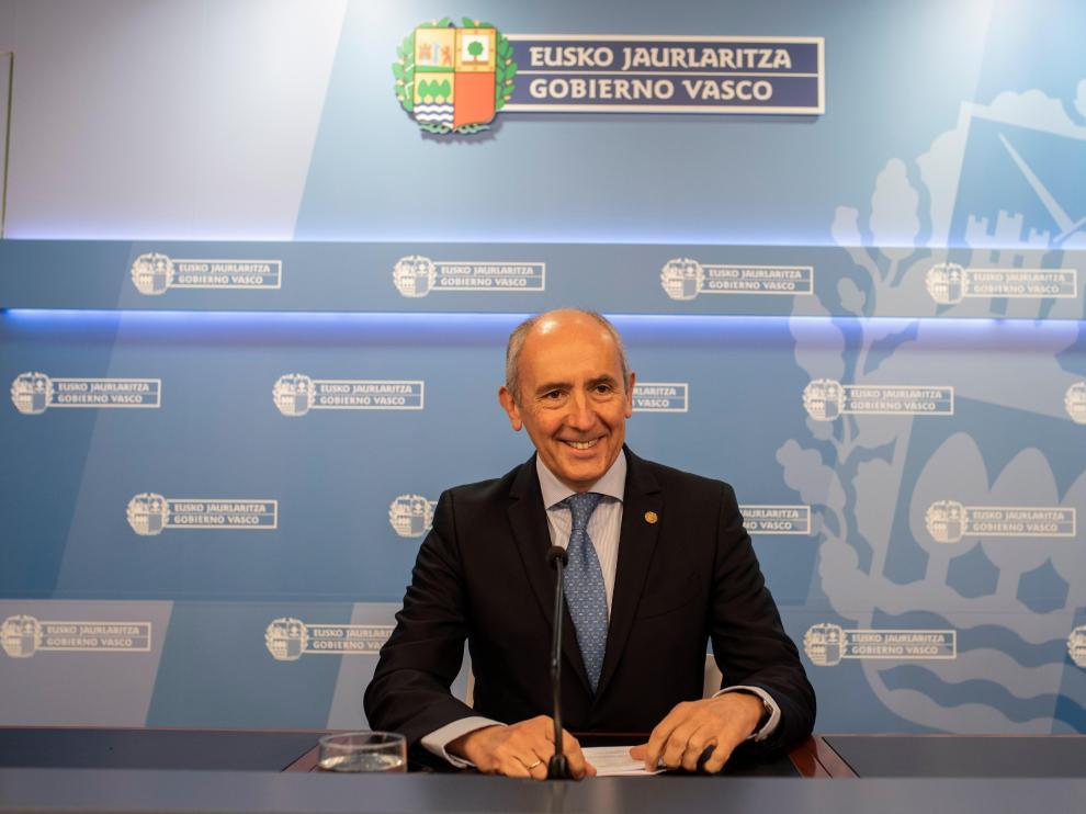 El portavoz del Gobierno vasco, Josu Erkoreka, en imagen de archivo.