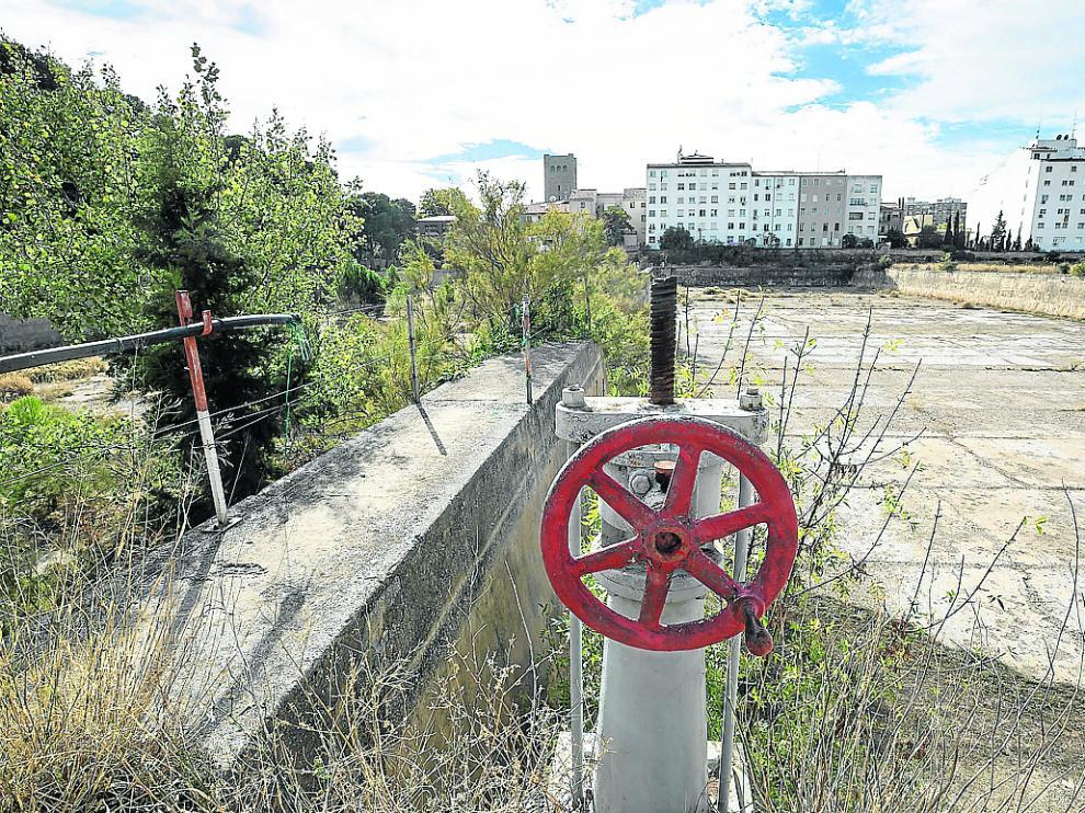 La reconversión de los depósitos de Pignatelli prevé ampliar el parque y abrir equipamientos
