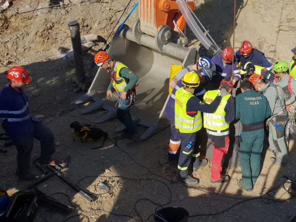 El equipo de rescate ya trabaja en la galería para rescatar a Julen.