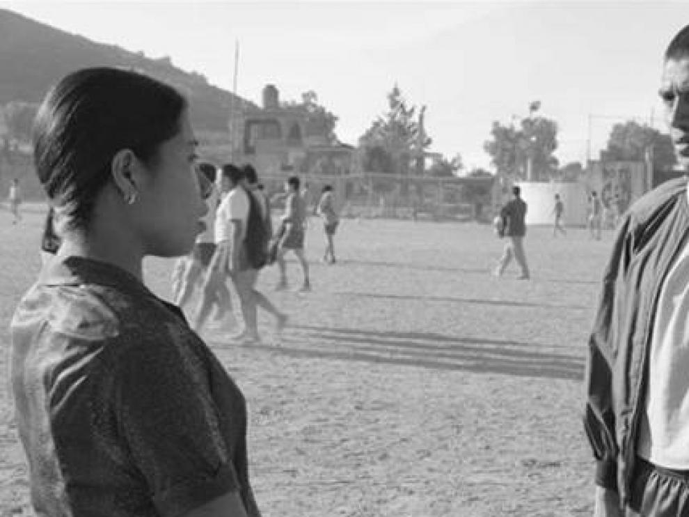 El actor, Jorge Antonio Guerrero, en un fotograma de la película nominada 'Roma'.