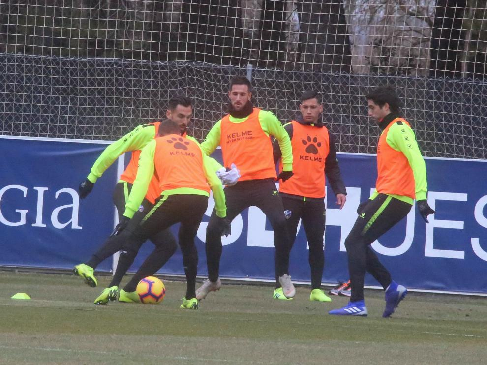El Huesca busca la reacción en Anoeta, donde ha caído en sus dos visitas.