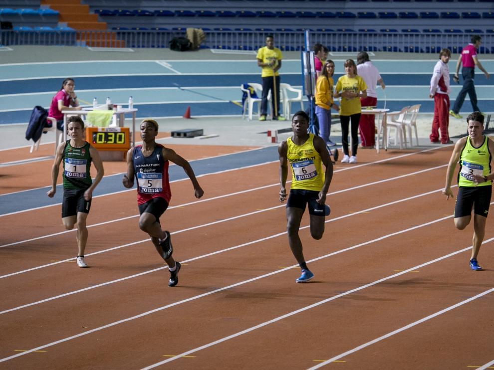 Prueba de los 60 metros lisos donde Eugenio Ndong (Alcampo Scorpio) fue tercero.