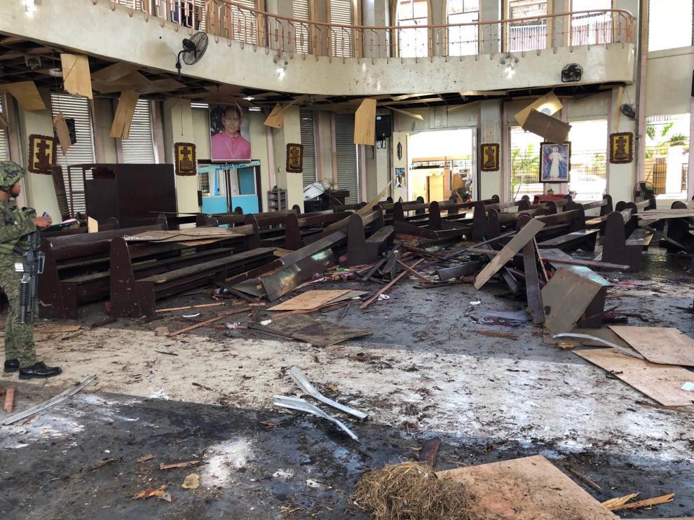 Así quedó la catedral tras el atentado.