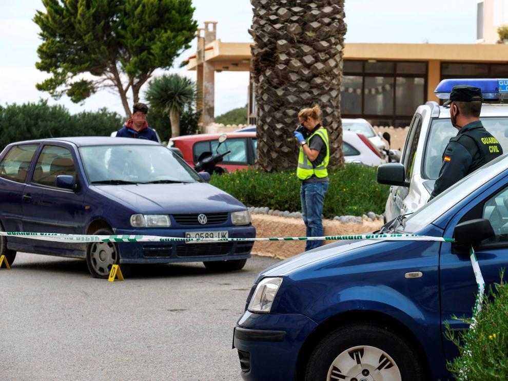 Detenida una joven por matar a puñaladas a su pareja en Ibiza.