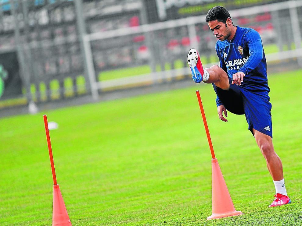 Raí Nascimento, en el entrenamiento del martes del Real Zaragoza.